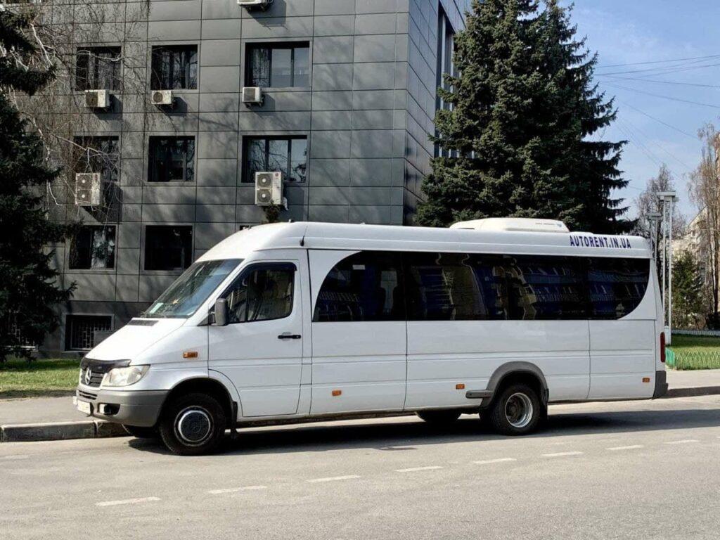 индивидуальные пассажирские перевозки из Харькова